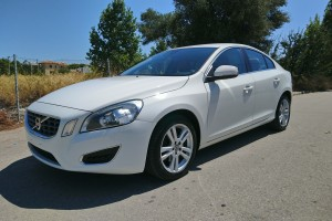 Volvo S60 1.6 SUMMUM POWERSHIFT T4 180HP