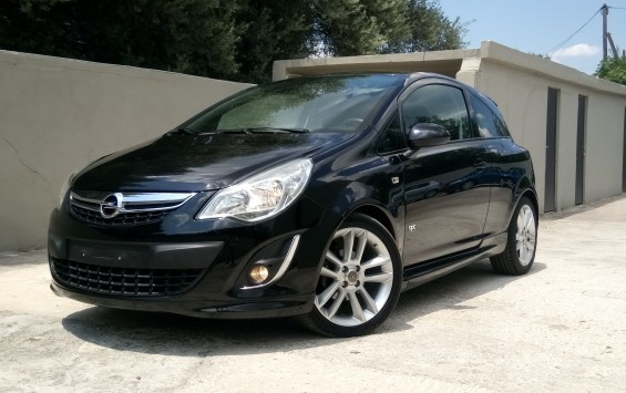 OPEL CORSA 1.3 OPC LINE COLOR EDITION