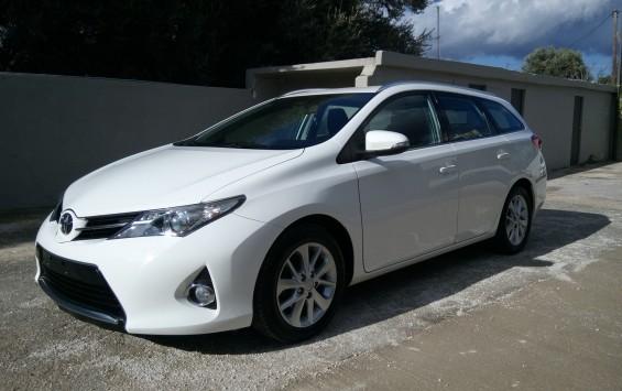 Toyota Auris 1.4 D-4D ACTIVE TOURING SPORTS