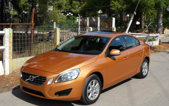 VOLVO S 60 KINETIC T3 S/R