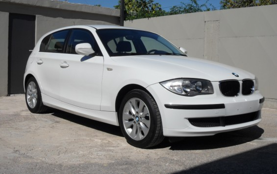 BMW 116i LIFESTYLE AUTOMATIC