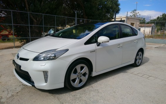 Toyota Prius 1.8 EXECUTIVE SOLAR PACK NAVI
