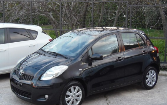 TOYOTA YARIS 1.3 5D SOL PLUS